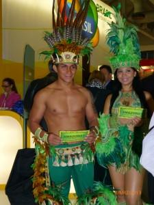 Sie werben für Manaus: Die Fußball-Weltmeisterschaft wird auch im Amazonasgebiet Brasiliens stattfinden. (Foto: Eckert)
