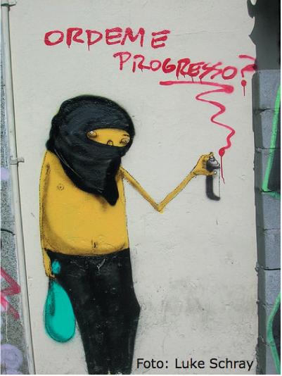 """Street-Art von Os Gêmeos in Brasilien – Bringt der Boom wirlich """"Ordem e Progresso?"""" © Luke Schrey/Kobra"""
