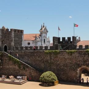 Das Castelo in Beja wurde im 13. Jahrhundert von dem König Dom Dinis erbaut.© Miriam Eckert
