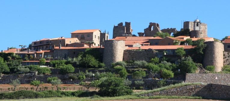 Castelo Rodrigo war früher eine wichtige Verteidigungsanlage gegen die Spanier. Die Ruinen der Burg in dem kleinen Dorf können besichtigt werden. © Miriam Eckert